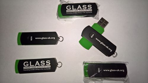 Memory Stick 16 Gig GLASS